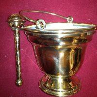 church_brass_polishing